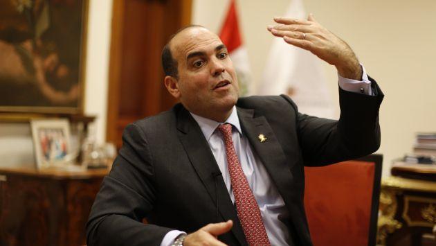 MEF: Inversión pública crecería 10% según Fernando Zavala (USI)