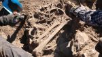 Apurímac: Hallan restos humanos, animales y cerámicas de la Cultura Chanka [FOTOS] - Noticias de sondor