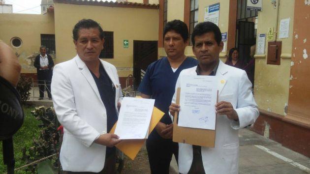 Médicos de Lambayeque acatan la huelga indefinida desde hace 35 días.