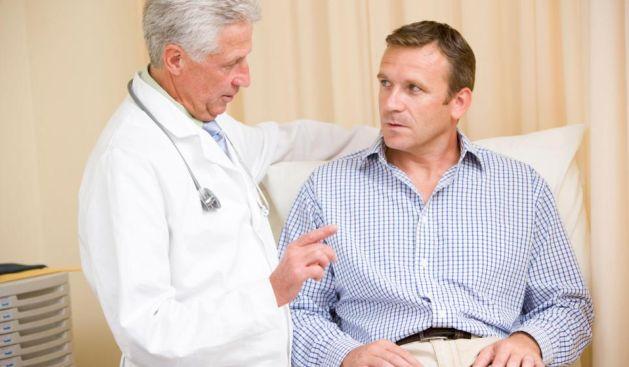 Especialistas aconsejan acudir a chequeos anuales de la próstata a partir de los 50 años. (Difusión)
