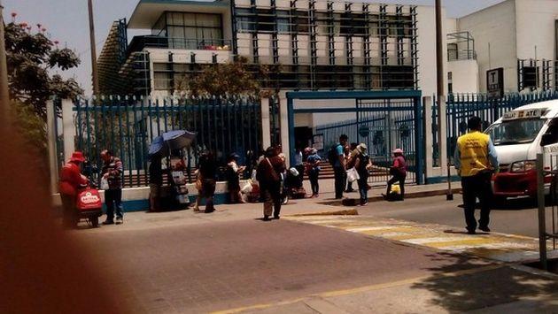 Hospital Carlos Alcántara: Denuncian que médicos de Essalud están expuestos a amenazas y agresiones. (Difusión)