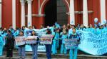 Enfermeras y obstetras continúan en huelga indefinida - Noticias de luis solari