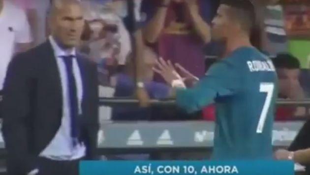 Ronaldo fue sancionado con cinco fechas por empujar al árbitro de la Supercopa tras una doble tarjeta amarilla.
