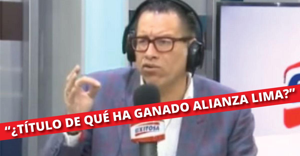 A través de su programa radial, Phillip Butters reafirmó su amor por Universitario y se burló de Alianza Lima.