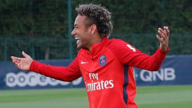 El pase de Neymar al PSG es considerado como el más caro en la historia del fútbol. (Twitter: @PSG_English)