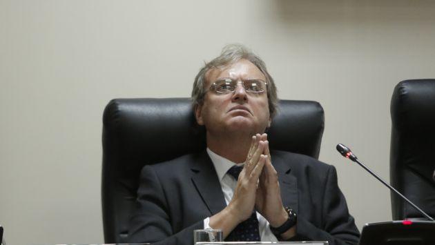 Ministro Basombrío asegura que no se sentarán a negociar