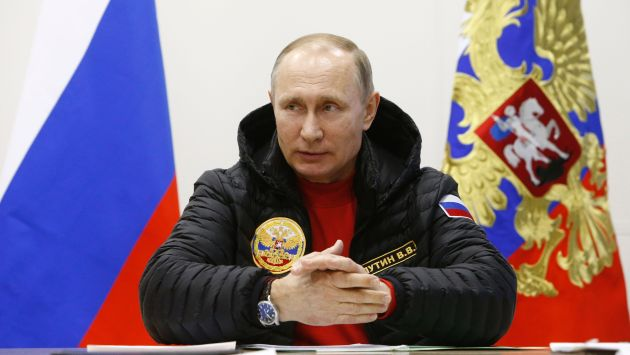 Vladimir Putin insta al mundo a combatir contra