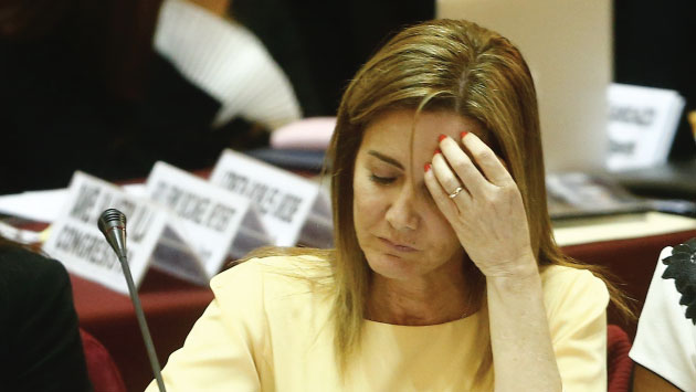Son 40 preguntas las que deberá responder Marilú Martens ante el Legislativo. (Foto: Luis Centurión)