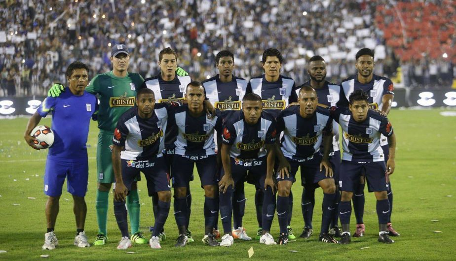 Alianza Lima sacó el coraje y venció 3-2 a Emelec en la 'Noche Blanquiazul' [Fotos]