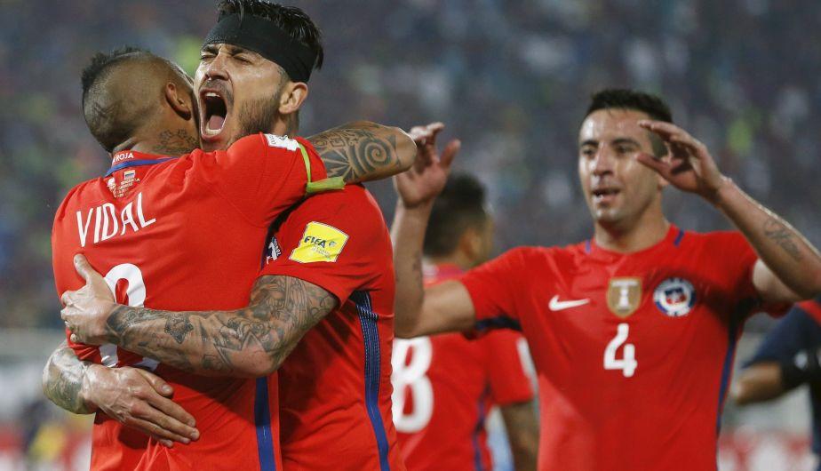 Chile goleó 4-1 a Venezuela con dobletes de Pinilla y Vidal por Eliminatorias Rusia 2018 [Video]