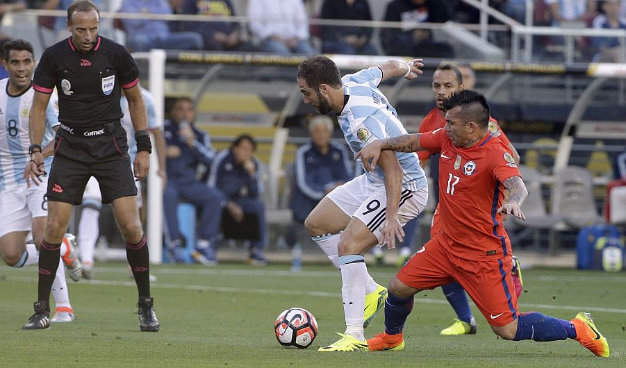 Argentina derrotó 2-1 a Chile en partido por el Grupo D de la Copa América Centenario [Videos]
