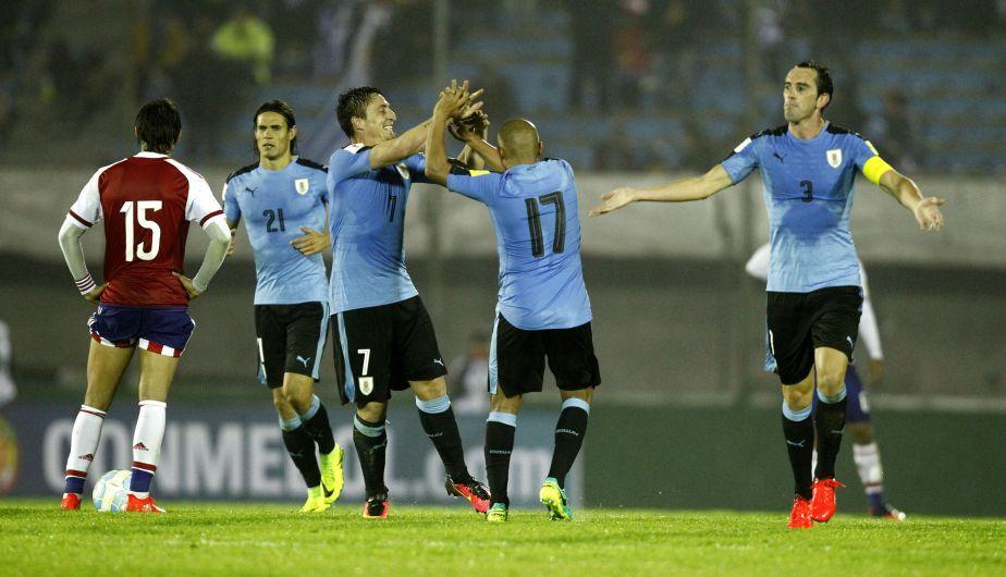 Uruguay goleó 4-0 a Paraguay y escaló a la cima de las Eliminatorias Rusia 2018 [Fotos y video]