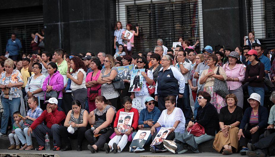 Juan Gabriel: 700 mil personas se despidieron de las cenizas del cantante mexicano