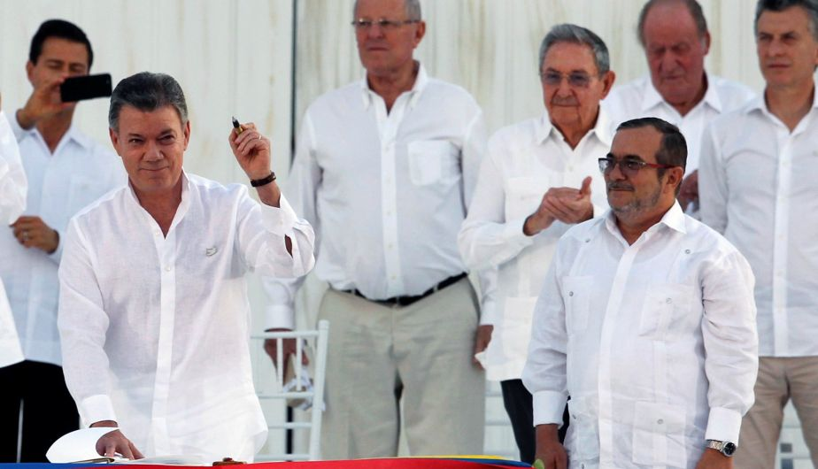 Colombia y las FARC firmaron histórico acuerdo de paz tras 52 años de guerra [Fotos]